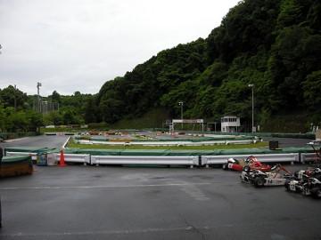 雨の大井松田